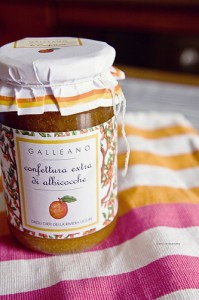 Apricot jam by Barbara Piancastelli