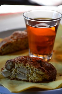 Vin santo with cantuccini biscuits