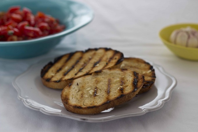 Bruschetta / Fettunta (grilled bread) by Meimanrensheng