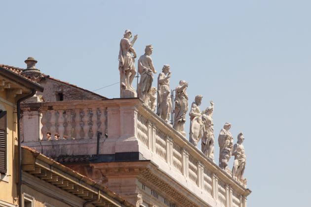 Top of building in Piazza Erbe