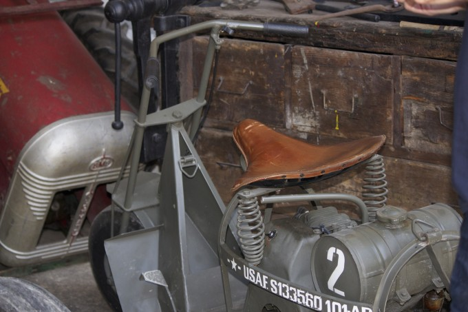 WW2 American motorcycle dropped by parachute into Italy