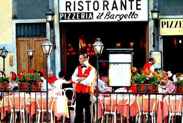 Planning to visit Italy? How to avoid the tourist trap restaurant and find authentic Italian food