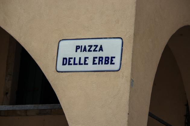 Piazza delle Erbe, Padova