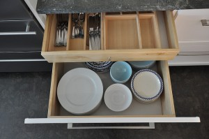 Dish drawer by Rachel