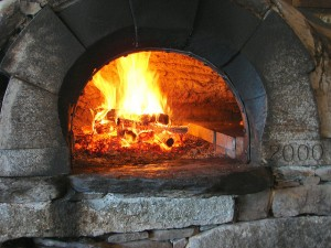 Pizza oven by Bob Travis