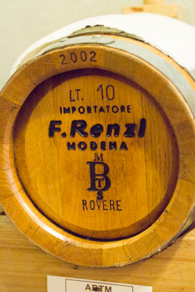 A 10 litre durmast oak barrel