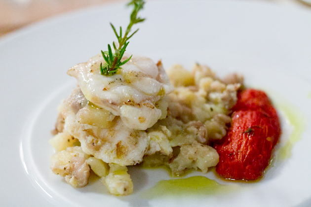 "Pesce ranatrice con patate al potacchio (monkfish and potato cooked ""al potacchio"")"