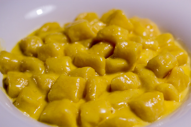 Gnocchi in fondue sauce