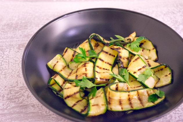 Grilled courgette (zucchini ) ribbons