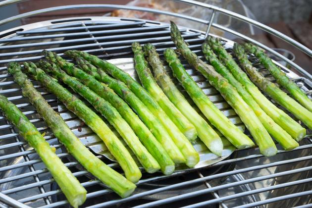 Asparagi alla griglia (grilled asparagus)