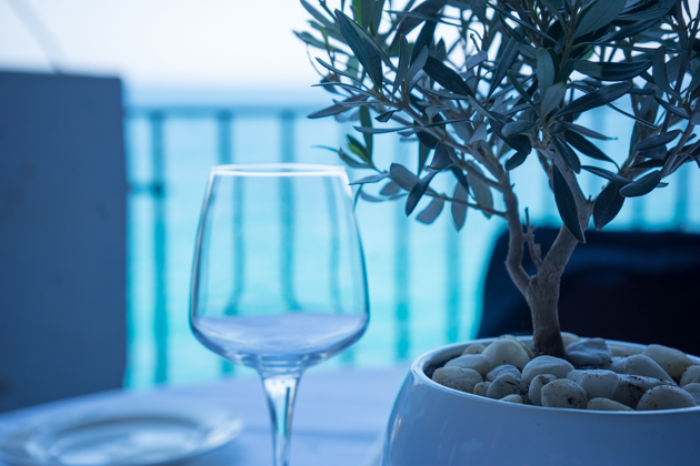 The table setting at Grotta Palazzese