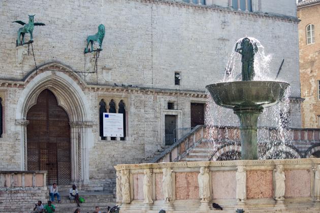 The Fontana Maggiore (the Great Fountain) and the Palazzo dei Priori (the Prior's Palace)