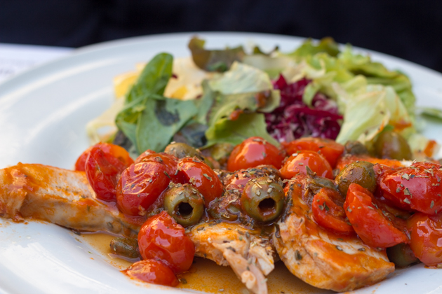 Swordfish with olives and tomatoes