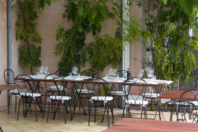 Dining al fresco at La Foresteria