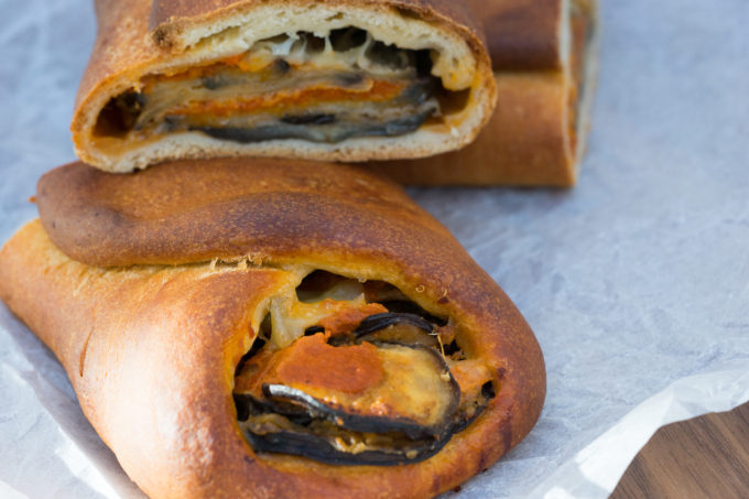 Aubergine/eggplant parmigiana baked in bread